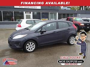 2013 Ford Fiesta SE,NICE LITTLE HATCHBACK!!