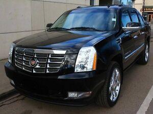 2012 Cadillac Escalade EXT AWD EVERY OPTION FINANCE AVAILABLE