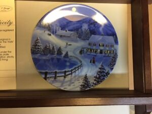 BRADFORD EXCHANGE CHRISTMAS PLATES
