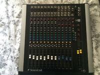 Soundcraft M8 mixer 16 input + digital output + Original box