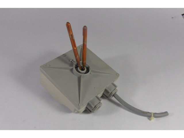 Generic 8P1.ER606.00A Double Immersion Thermostat  USED