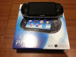 A vendre \ To sell PS Vita + Games\Jeux