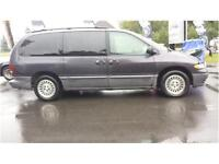 1996 Plymouth Voyager LE /