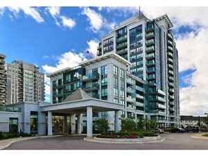 Fully Furnished 2 Bed, 1 1/2 Bath. Bathurst/Centre $1,650-2,300