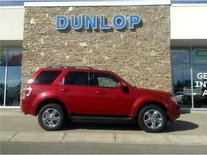 2010 Ford Escape Limited V6 AWD Moonroof WELL TAKEN CARE OF!!!
