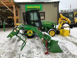 2013 JOHN DEERE 2032R – COMPACT TRACTOR WITH LOADER AND BLOWER