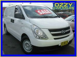 2012 Hyundai iLOAD TQ MY11 Crew White 5 Speed Automatic Van