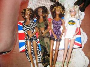 7 COLLECTIBLE CHOICE FASHION SPICE GIRL DOLLS, COSTUMES, SHOES