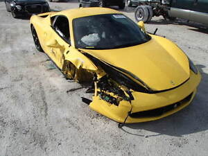 WANTED: Scrap,Dead,Old,Damaged Cars For $300-2000 416-720-9105