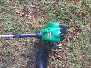Weed Eater Gas trimmer