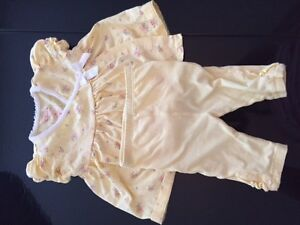Chaps - pretty yellow summer baby outfit