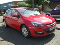VAUXHALL ASTRA 1.4 EXCLUSIV 5d 98 BHP (red) 2013