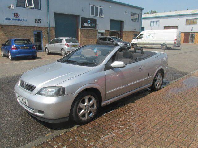 vauxhall astra convertable 2002 52,reg 1.8 petrol mot electric roof good runner/condition £495