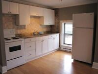 East Hill - Close to all Amenities!