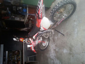 2005 CRF 450R, Mint condition
