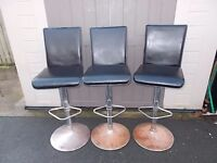 3 MATCHING BAR STOOLS CHROME AND FAUX LEATHER ADJUSTABLE