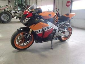2009 HONDA CBR 1000RR REPSOL!!$87.94 BI-WEEKLY WITH $0 DOWN!!