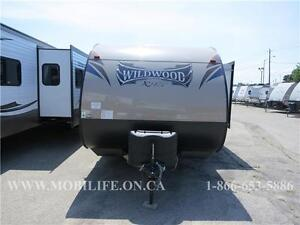 **LIGHTWEIGHT! **COUPLES+! **LEATHER! **TRAVEL TRAILER FOR SALE