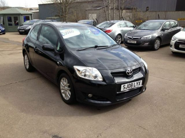 toyota auris 1 6 tr vvt i 3d 122 bhp black 2008 in inverurie aberdeenshire gumtree. Black Bedroom Furniture Sets. Home Design Ideas