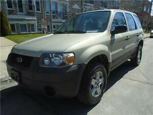 2005 FORD ESCAPE XLS/ CARSRTOYS