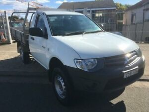 2011 Mitsubishi Triton MN MY11 GL White 5 Speed Manual 2D Cab Chassis Yagoona Bankstown Area Preview