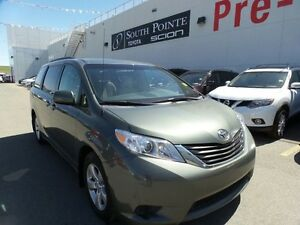 2013 Toyota Sienna LE | Bluetooth | 8 Passenger | Backup Camera