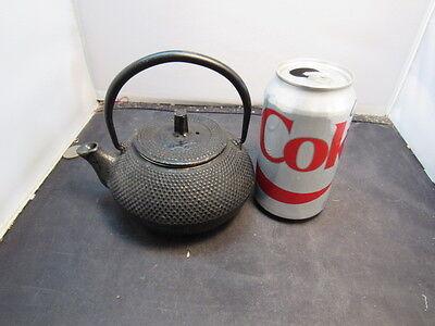 FINE VINTAGE  SIGNED Japanese  Cast Iron Tea Pot Kettle