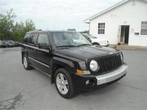NICE SUV! 2010 Patriot Limited, leather! 4x4! WARRANTY
