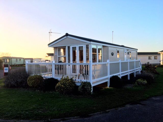 Sited static caravan for sale in Hunstanton Norfolk - Includes 2018 Site fees - Open 11 Months