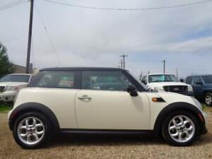 2012 MINI Cooper Hardtop Knightsbridge Classic-LEATHER-SUNROOF-