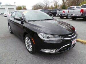 2015 Chrysler 200 Limited Heated Steering and Seats, Remote Star