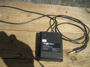 nexxtech keyboard pedal, model 4219637, 5.5 ft. $15