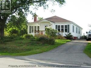 house for rent in Annapolis Valley 1 hour  drive to city