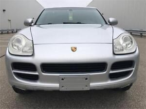 Immaculate Porsche Cayenne 3.2L With Sunnroof and Leather!