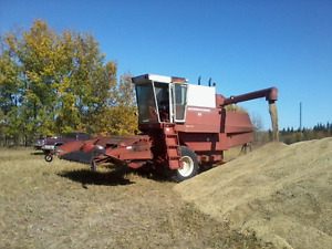 IH 815 combine for sale