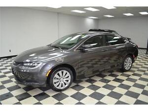 2016 Chrysler 200 LX - Just Like NEW**Blowout Price SL2277