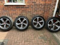 Jaguar F Pace 20' Diamond Cut Alloys & Continental Tyres!!