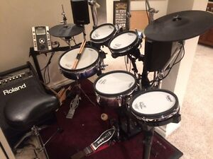 Roland TD - 9 with Roland V-Drum amp and road cases