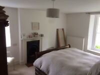Monday - Friday Let - £100pw - Double Room in quiet village - Easy for Ciren/ Glos/ Chelt/ Motorways