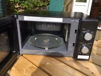 Russell Hobbs Compact Black Microwave Oven, 800 W, timer, 5 levels, hardly used, original packaging