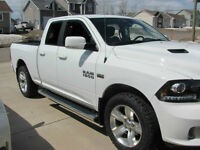 2013 Ram 1500 Sport Pickup Truck     MAKE ME AN OFFER !!