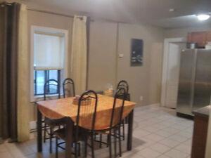 OPEN HOUSE!Big nice 4 bdrm apartment Bathurst-Lawrence