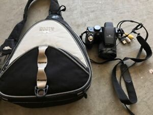 Fuji Finepix Camera for Sale - Works Great, Comes with Roots Bag