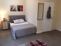 Very Spacious and Newly Refurbished Double Bedroom in the Centre of Tolworth