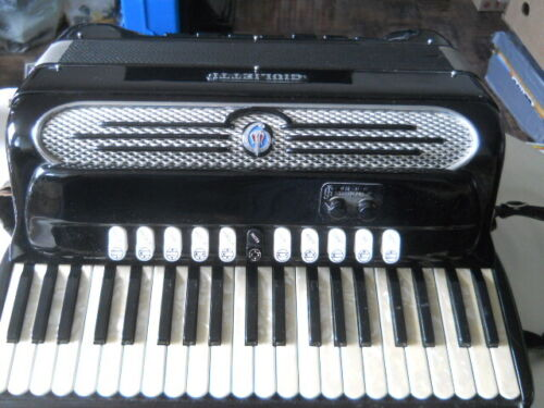 Giulietti MF4 Bassetti Accordion made in Italy