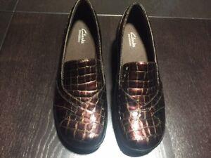Clarks Bendables Shoes - Size 10 Excellent Condition