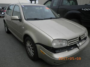 VW Golf TDI auto. 2003 (PARTS ONLY)