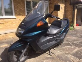 Yamaha YP 250 cc Scooter Green long MOT only 10700 miles!