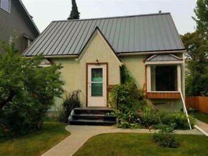 4 bedroom house in mckernan,close to university and whyte ave