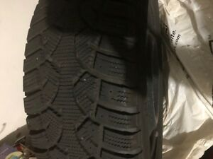 Camry winter tires with rims215/55/R17 Bolt size 5X114.3